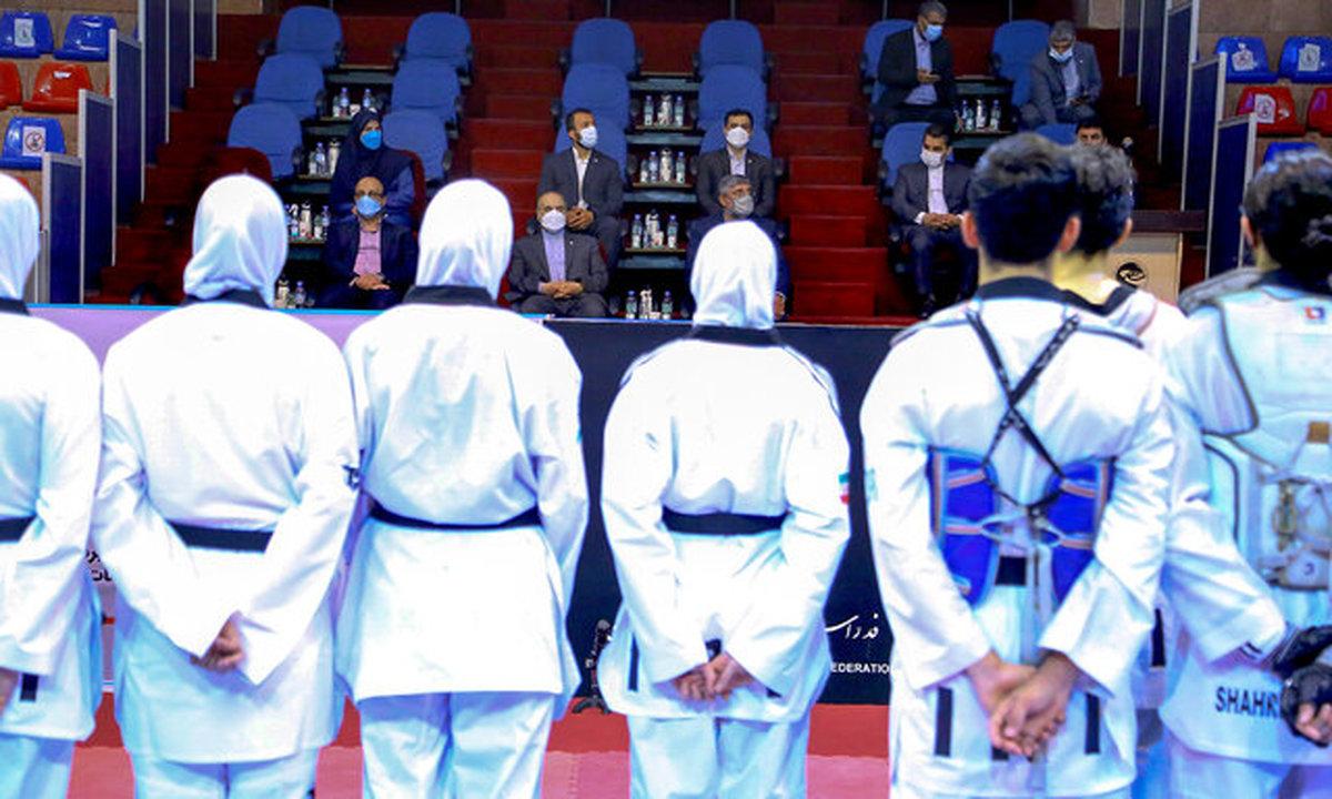 وزیر ورزش خطاب به تکواندوکاران المپیکی: نتیجه بگیرید یا نگیرید برای ما قهرمانید