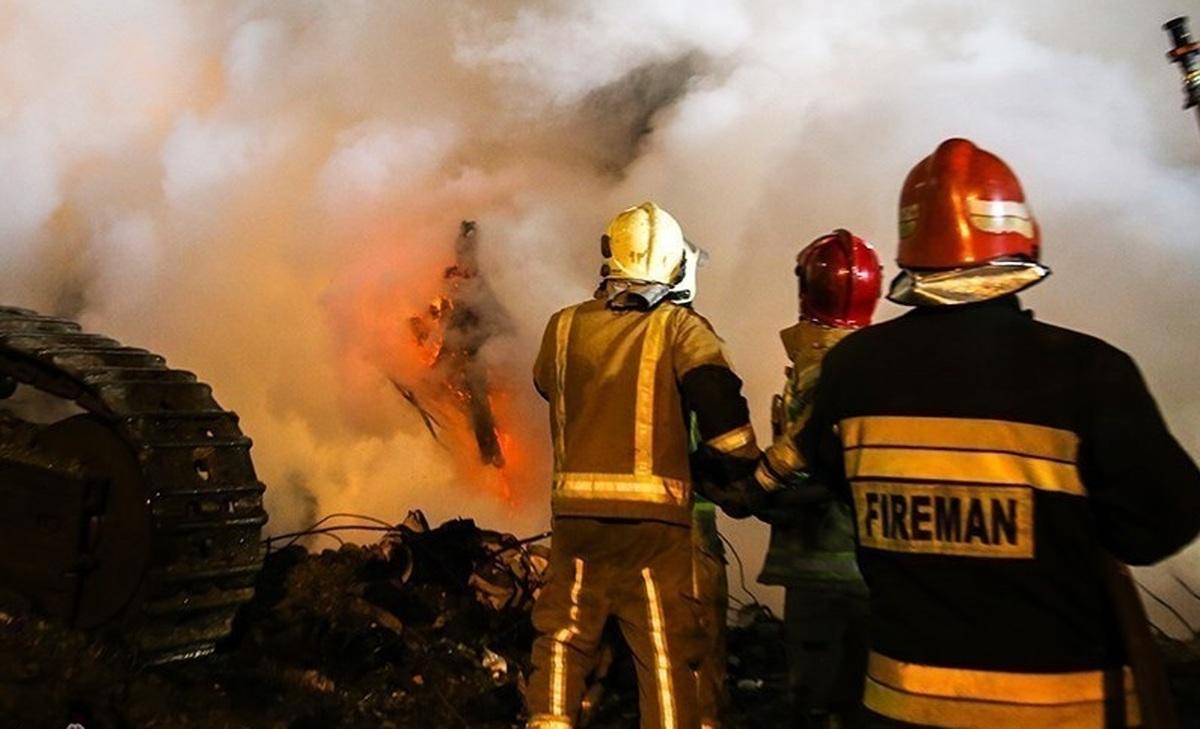 """حادثه      آتشسوزی در پتروشیمی """"خارگ  یک کشته و ۴ مصدوم برجاگذاشت"""
