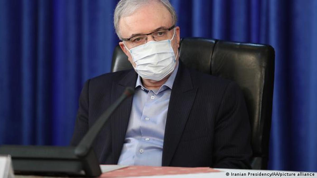 ابعادی از فاجعهای که وزیر بهداشت آفرید | تمسخر خبر ورود کرونا توسط نمکی