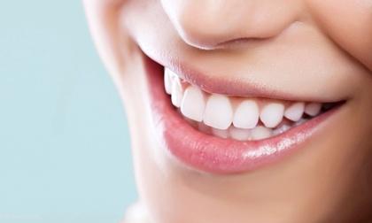 علت زردی دندان چیست و برای سفید کردن دندان ها چه کنیم؟