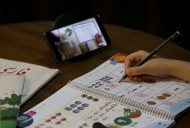 یک نماینده: ۳.۵ میلیون دانشآموز یا اینترنت ندارند یا گوشی و تبلت