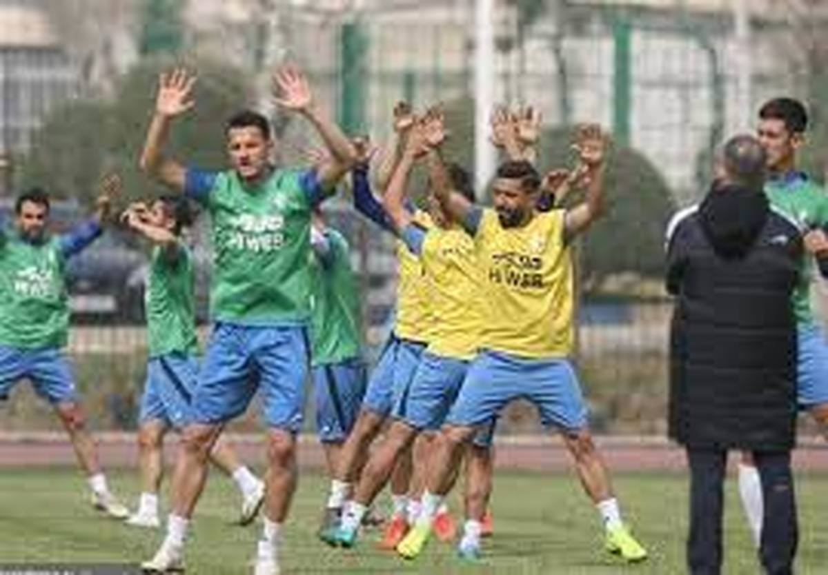 استقلال  |  تمرینات تیم فوتبال آبیپوشان از فردا آغاز میشود.