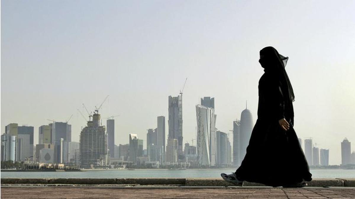 قطر  |  اعطای اقامت کوتاه و بلندمدت به خارجیها