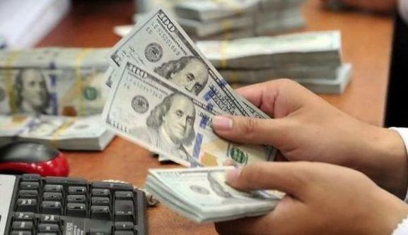 قیمت دلار تا ۱۰هزار تومان پایین می آید؟