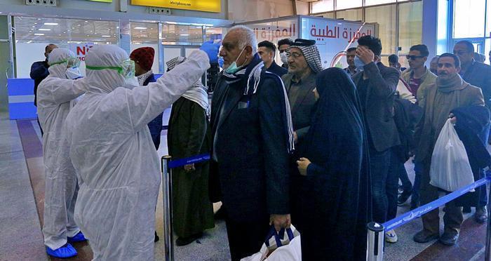 سخنگوی ستاد کرونا: مشکل فقط مرزهای عراق نیست؛ موارد زیادی از ورود بیماران از امارات داشته ایم