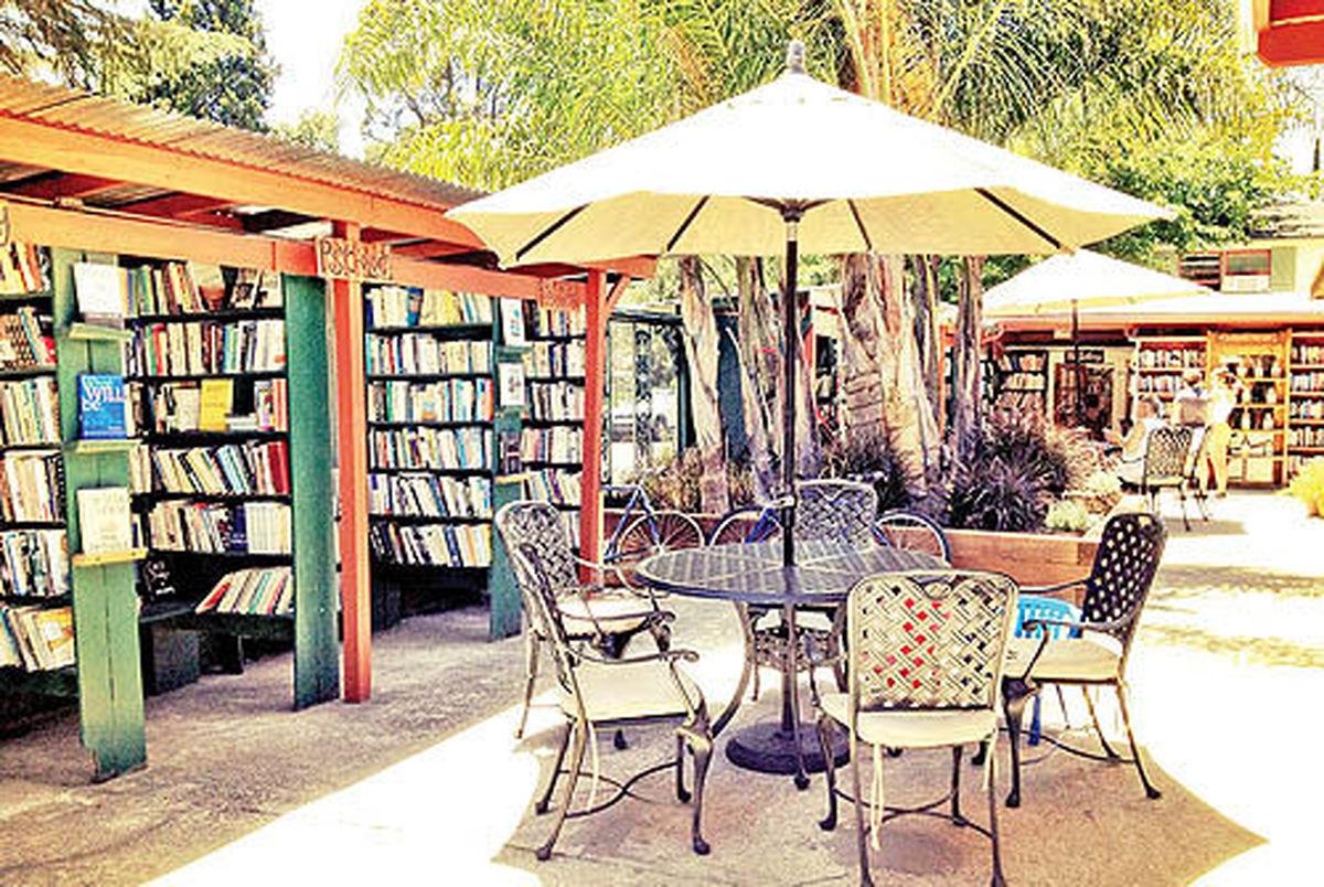 بزرگترین کتابفروشی بدون سقف جهان  در ایالت کالیفرنیا
