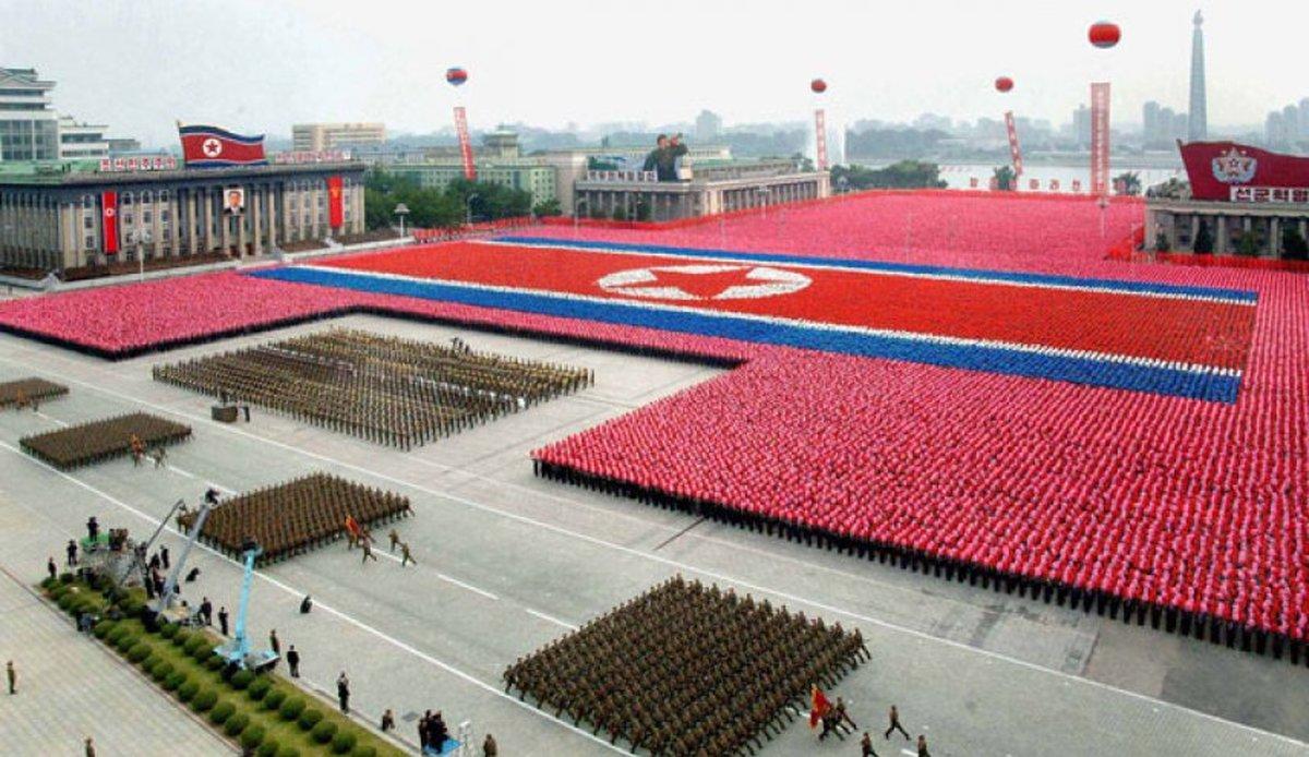 کرهشمالی برای برگزاری رژه نظامی آماده میشود