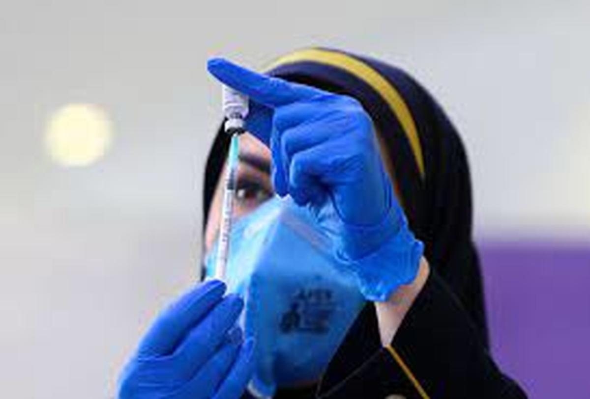 عوارض واکسن کرونا اغلب ۴ ساعت پس از تزریق ظاهر میشود