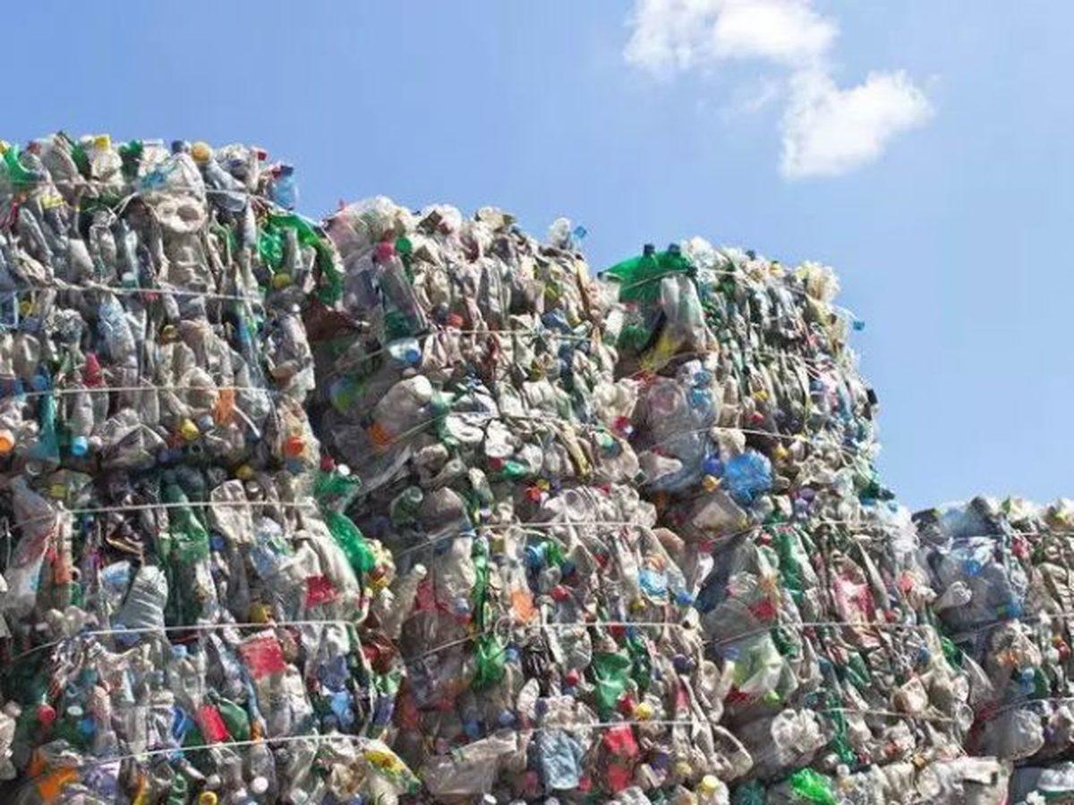 پلاستیک های یکبار مصرف را به سوخت جت تبدیل میکنند