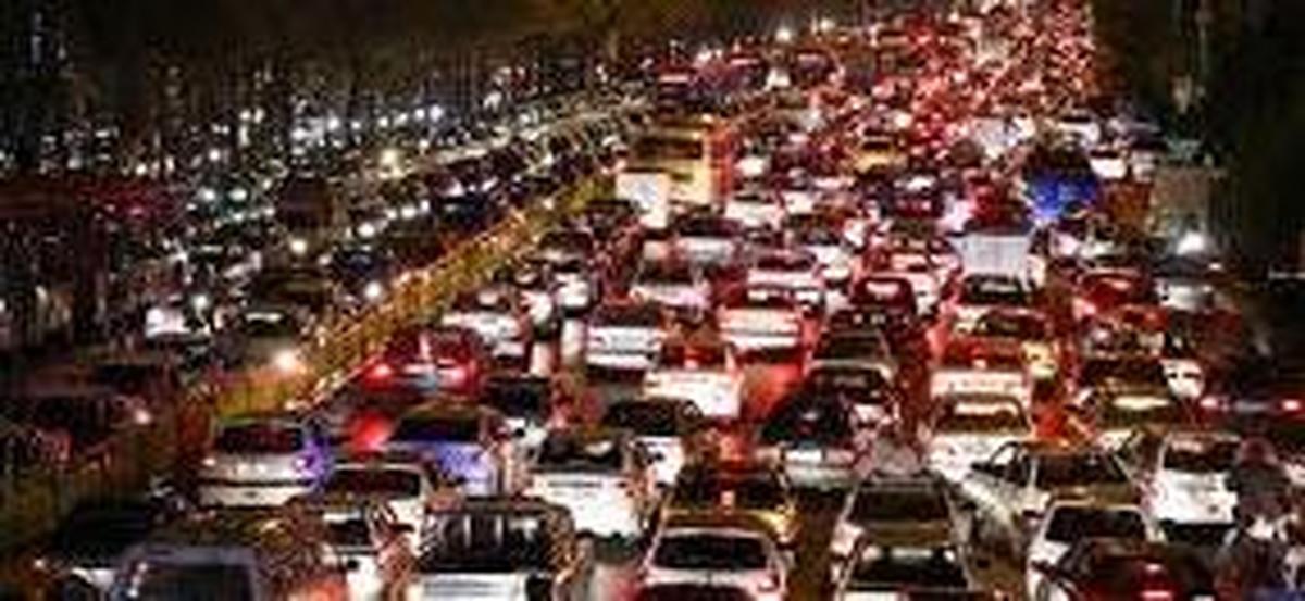 ترافیک ورود به تهران سنگین است