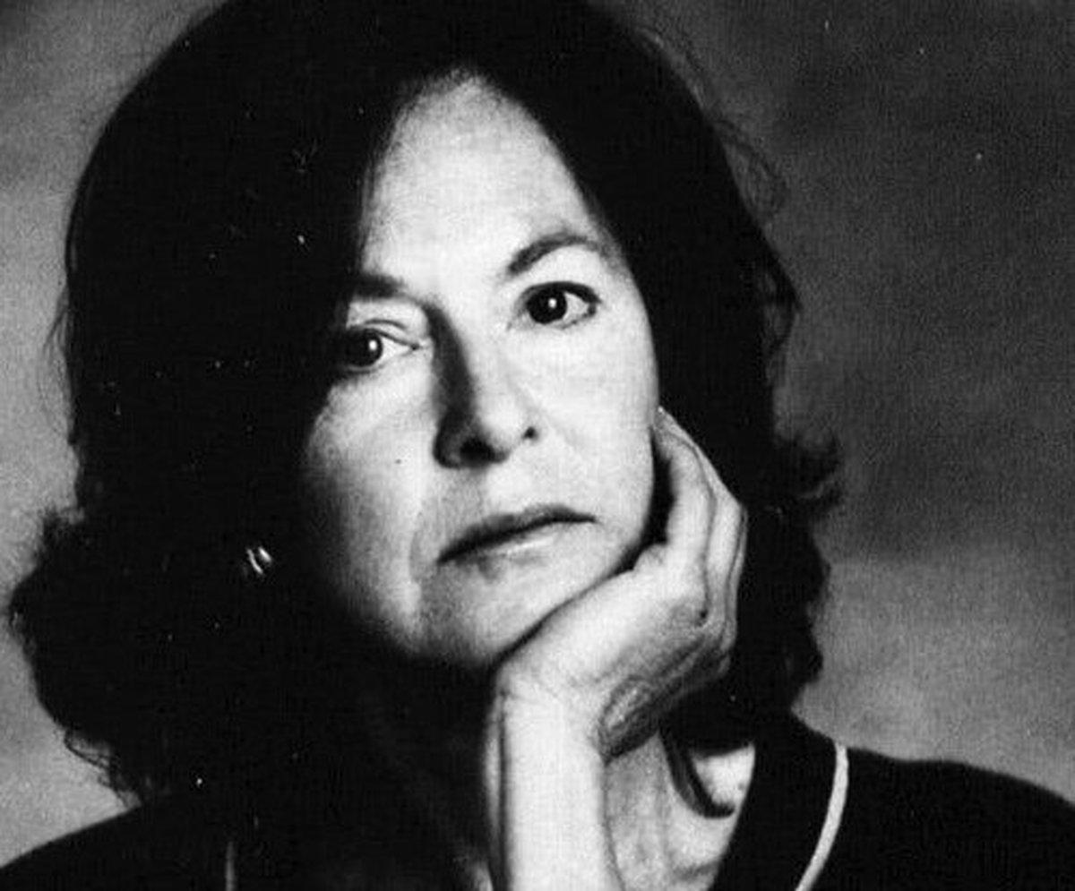 زن شاعر آمریکایی برنده نوبل ادبیات