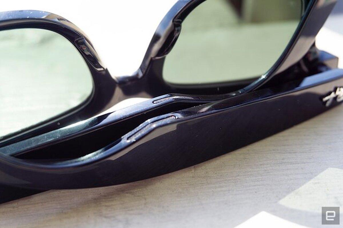 توصیف عینکهای هوشمند جدید فیسبوک  +فیلم
