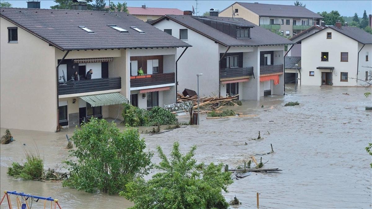 سیل در آلمان | ۶ کشته و حداقل ۳۰ مفقود بر جای گذاشت