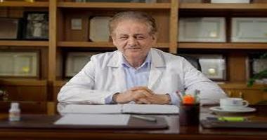 متخصص بیماریهای عفونی:  احتمال دارد ویروس کرونا سبب ریزش مو و کچلی شود