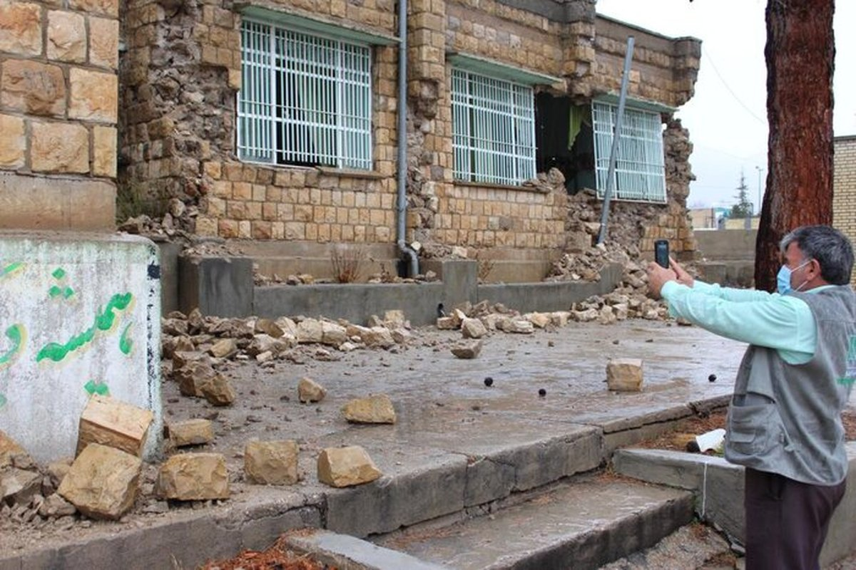 ۴۶ زلزله    مدرسه در زلزله خسارت دیده اند
