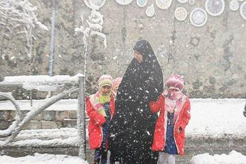تمام مدارس استان قزوین تعطیل شد