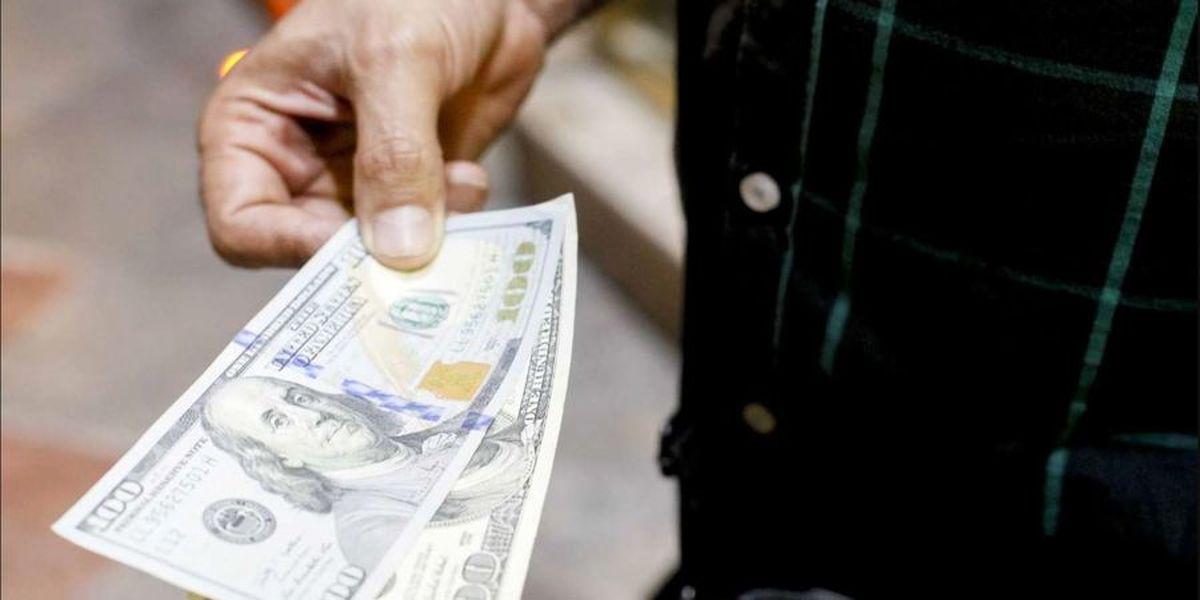 دومین جهش بزرگ قیمت دلار متشکل در سال 1400