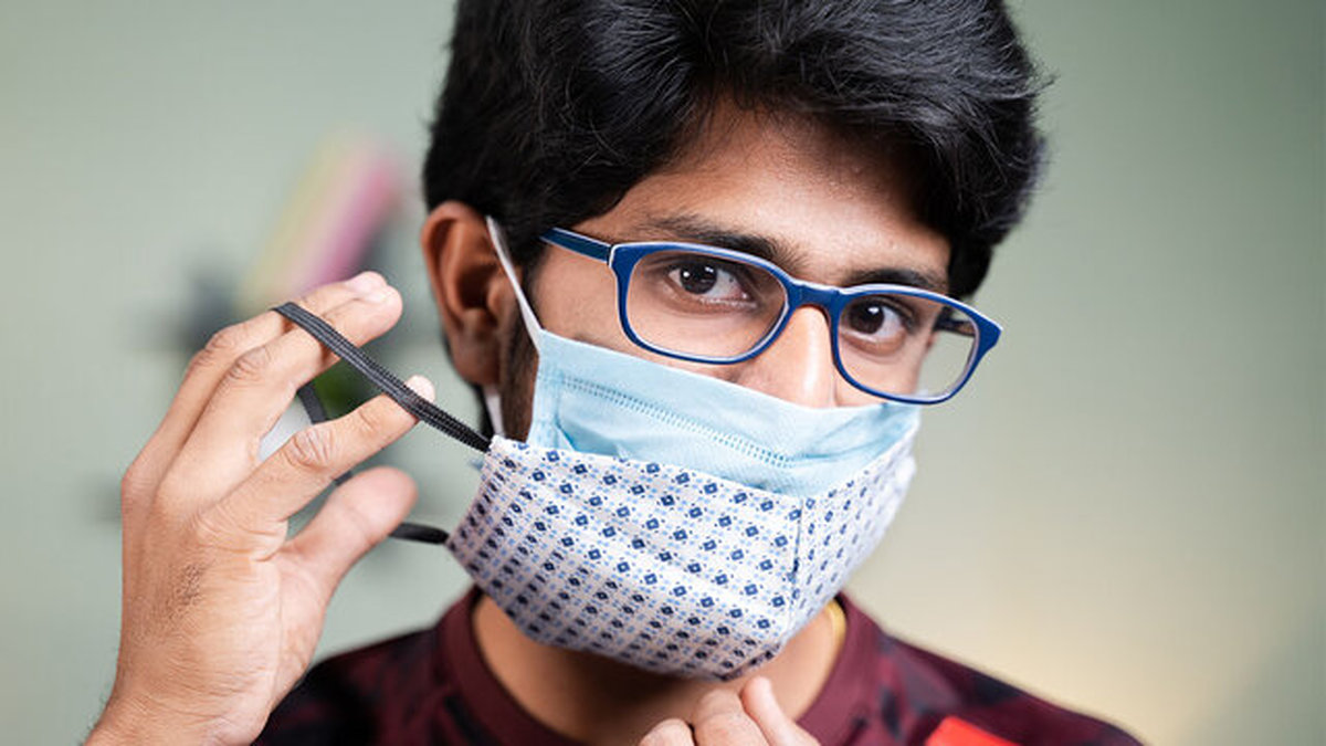 نحوه جلوگیری از بخار گرفتن عینک هنگام استفاده از ماسک