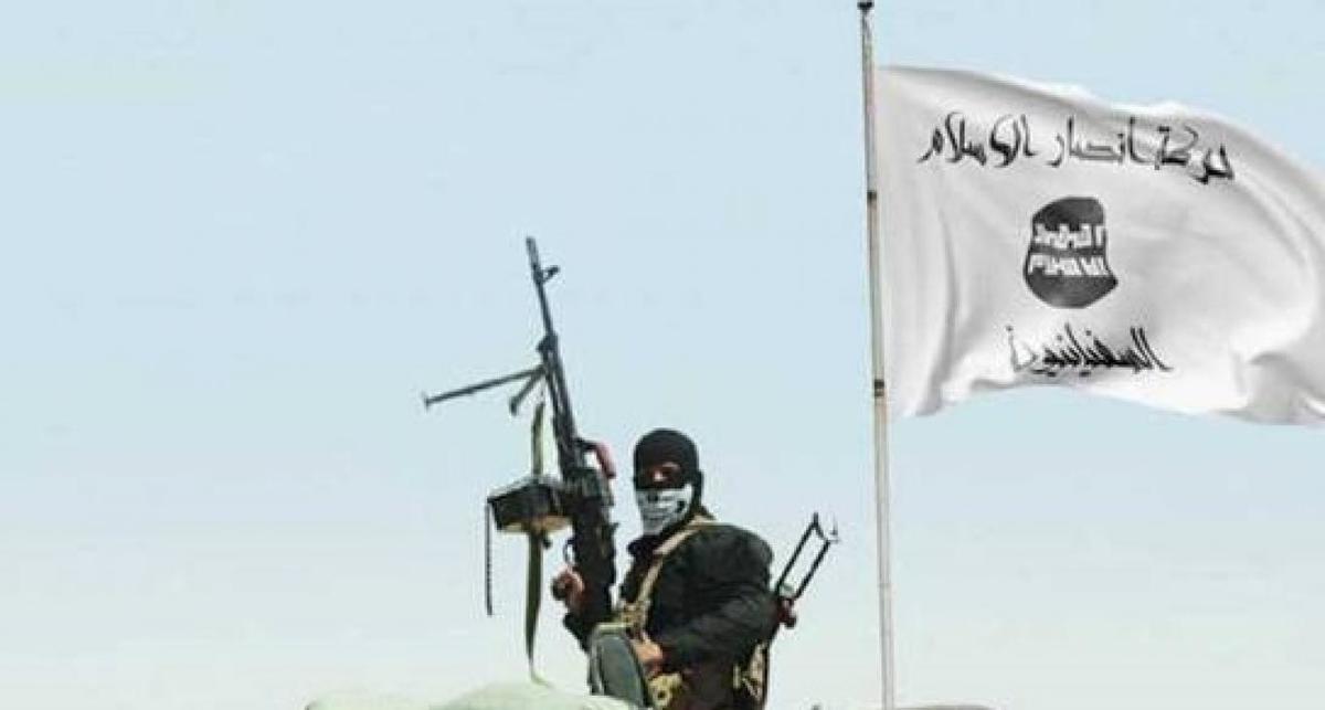 برافراشته شدن مجدد پرچم داعش در نزدیکی مرزهای ایران