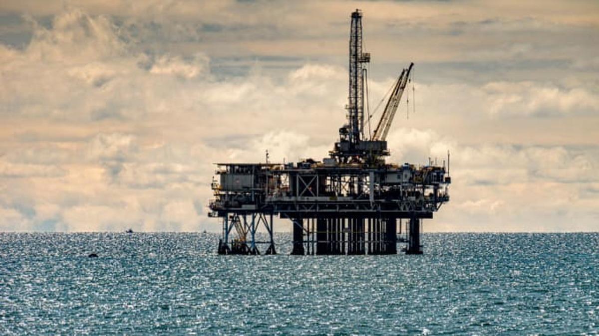 سرنوشت مهم نفت