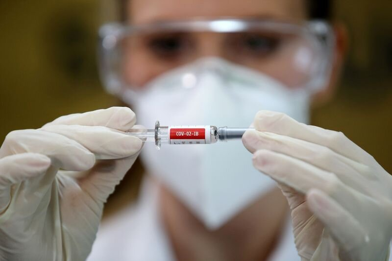 برزیل   |   ایمنسازی با واکسن کرونای ساخت شرکت چینی اواخر آذر شروع خواهد کرد.