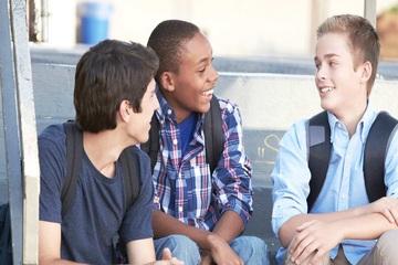 راهکار های موثربرای ایجادارتباط با همکلاسی های جدید