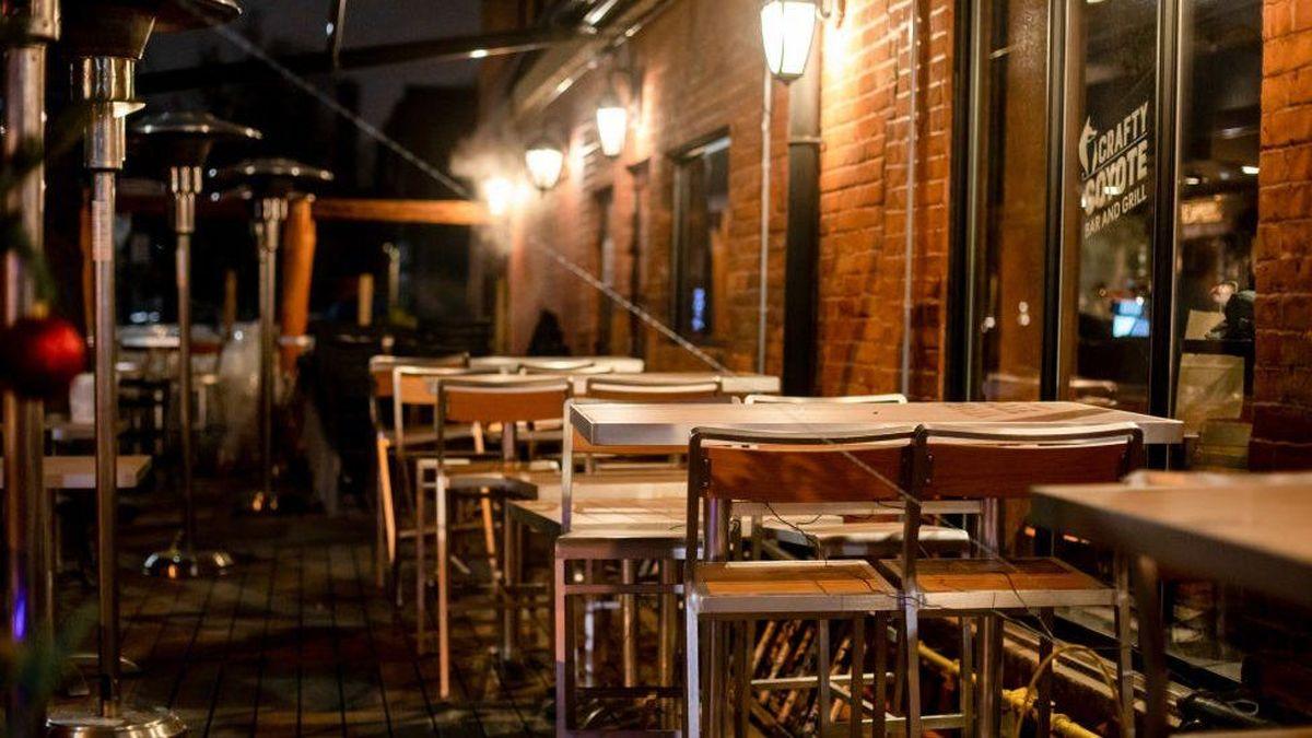کرونا؛ طولانیترین تعطیلات و قرنطینه سراسری جهان در تورنتو |  یک سال بدون رستوران