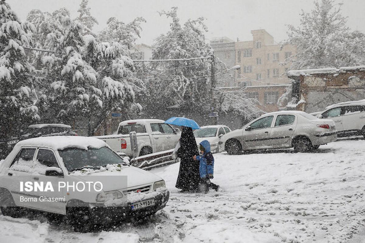 استقرار 120 آمبولانس در معابر تهران