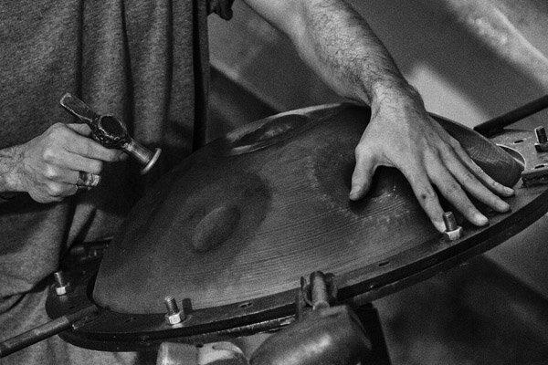 «هَندپَن» خواندنی شد| حاصل جنگ و گریز ۱۰ ساله با یک ساز