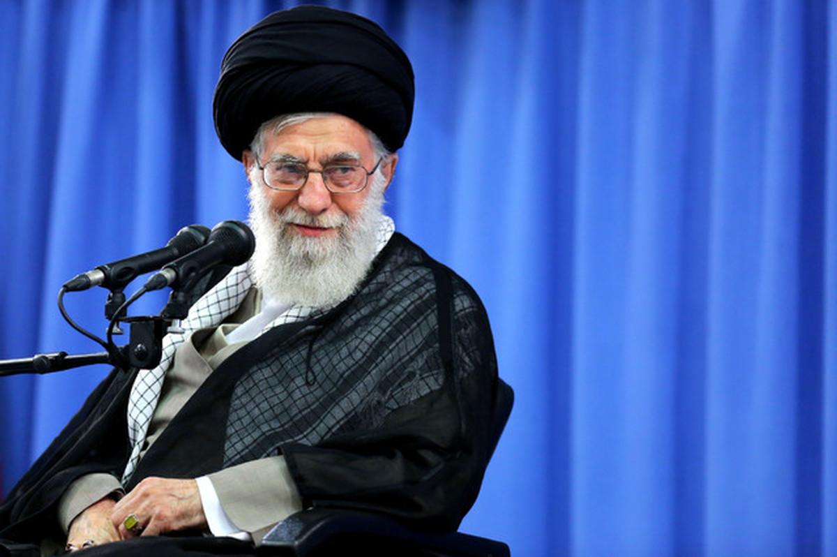 رهبر انقلاب: دولت مظهر وفاق باشد |  با مردم صادقانه گفتگو کنید