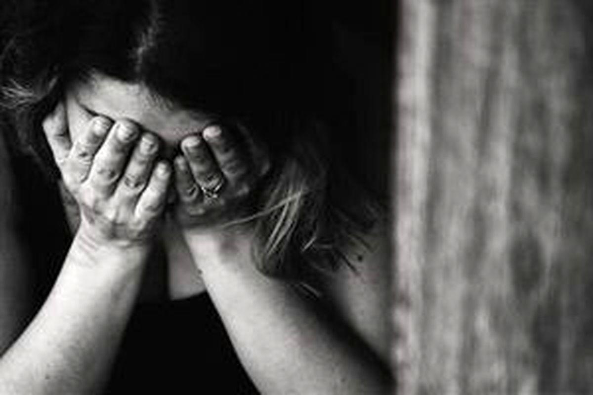 حمله 4 پسر به دختر دانشآموز در زنگ تفریح! + عکس