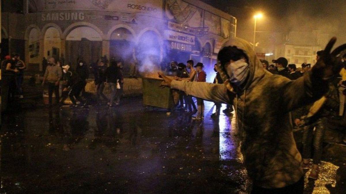 مهار کرونا  |  ناآرامیها در لبنان در اعتراض به محدودیتها برای مهار کرونا