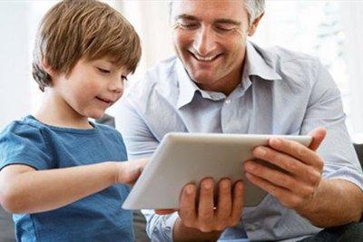 پدر شدن موجب خوش اخلاقی مردان می شود