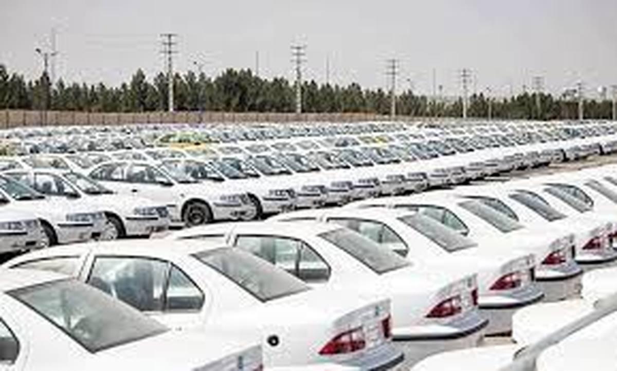 قیمتگذاری دستوری زیان  خودروسازان را ۲برابرکرد