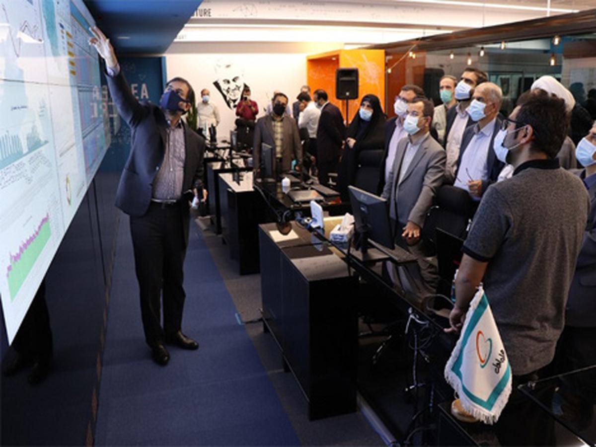 بازدید اعضای کمیسیون آموزش و تحقیقات مجلس از بخش فنی پلتفرم شاد