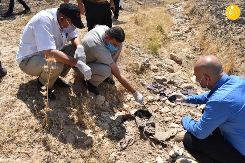 یک گور دسته جمعی پر از استخوان و لباس ۶۰۰ شیعه در عراق کشف شد.