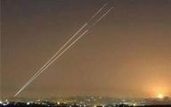 شلیک بیش از ۱۰۰ راکت و موشک   نظامیان صهیونیست به حرم مقدس یورش بردند