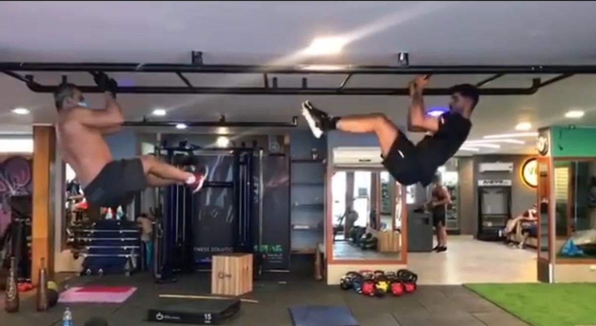 تمرین عقاب آسیا، احمدرضا عابدزاده با پسرش + ویدئو