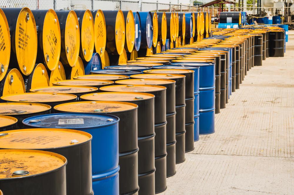 محتوای «گشایش اقتصادی» | طرح پیشفروش ۲۲۰ میلیون بشکه نفت در قالب اوراق سلف