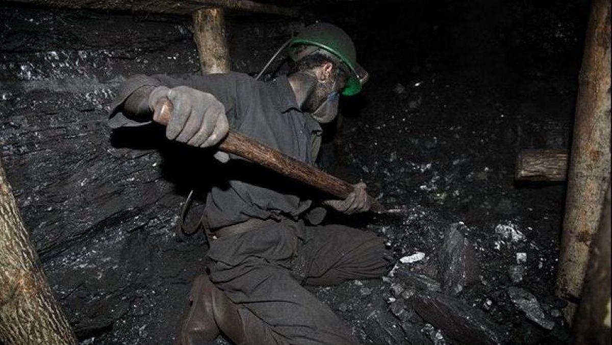 وضعیت معدنچیان گرفتار در معدن به کجا رسید؟ | ادامه تلاش ها برای دسترسی به معدنچیان طزره