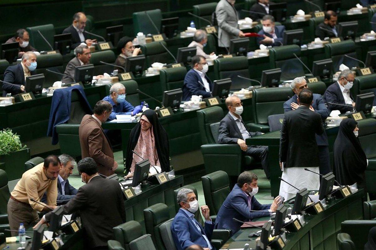 مخالفت کمیسیون عمران مجلس با ساخت «آپارتمانهای ۲۵ متری»