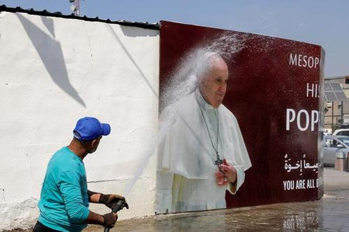 دیدنی های امروز   |   از تظاهرات لبنان تا استقبال از سفر پاپ به عراق