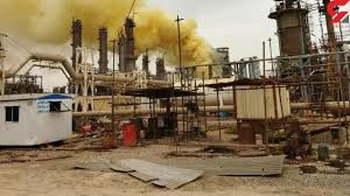 انتشار دود از پالایشگاه  ،آسمان آبادان را آلوده کرد