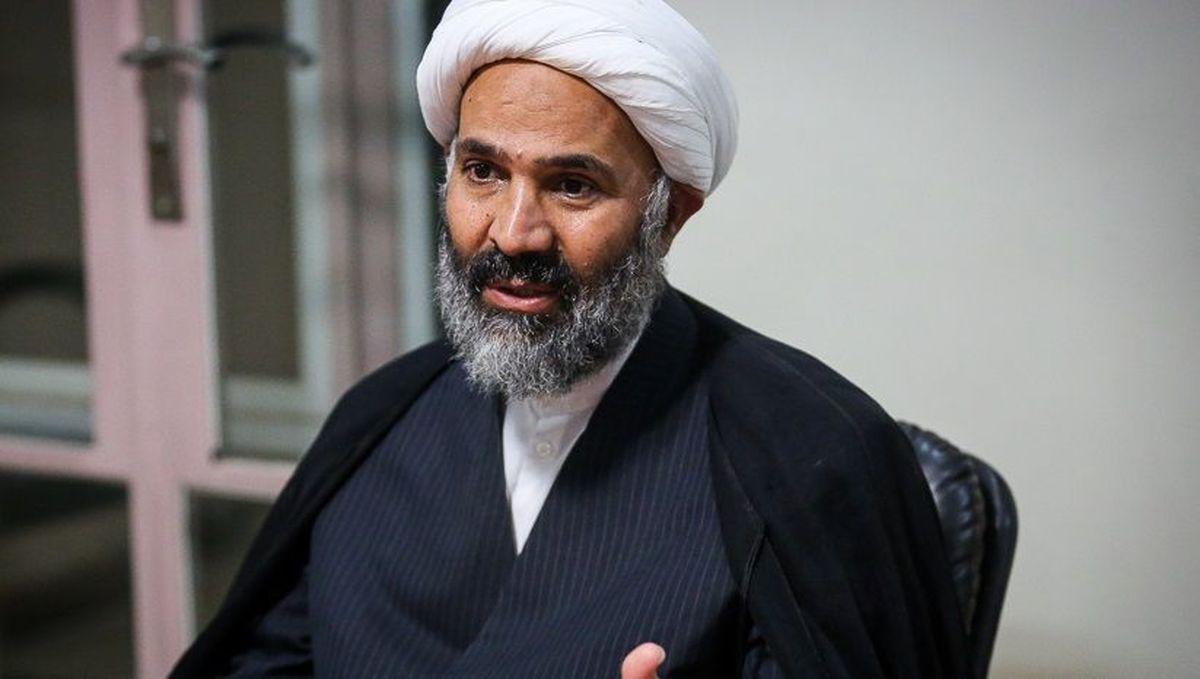 پژمانفر: روحانی با ایده برداشته شدن گام به گام تحریمها، میخواهد دوگانگی انتخاباتی درست کند