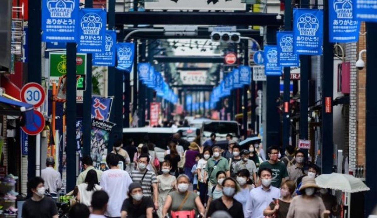 کرونا |   موج دوم کروناخودکشی در ژاپن را۱۶ درصد افزایش  داد
