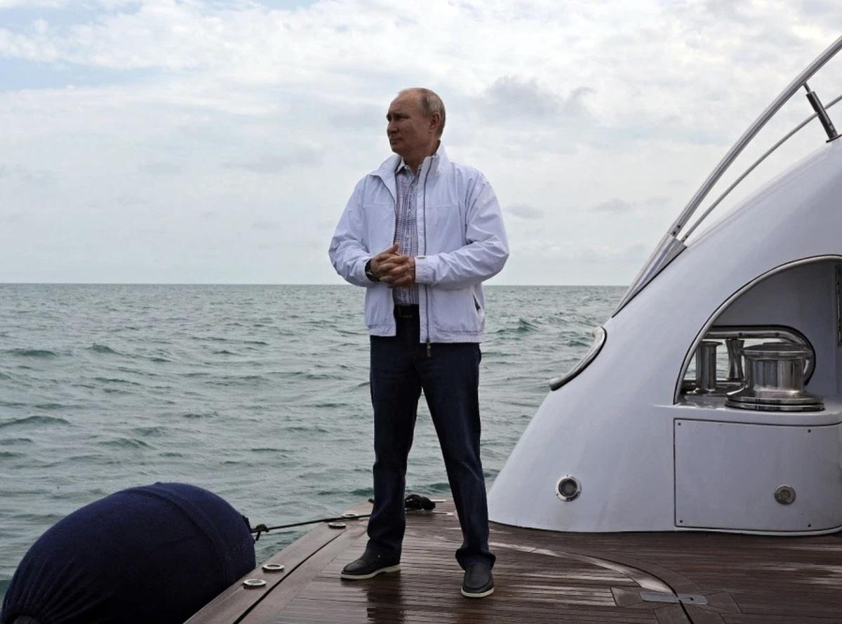 مخالفان پوتین درباره کاخ مجلل او در کنار دریای سیاه چه میگویند