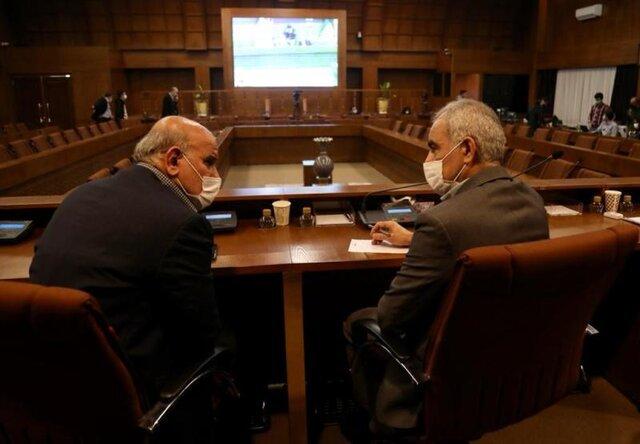 غفاری: مدیران فدراسیون فوتبال مردود شدهاند