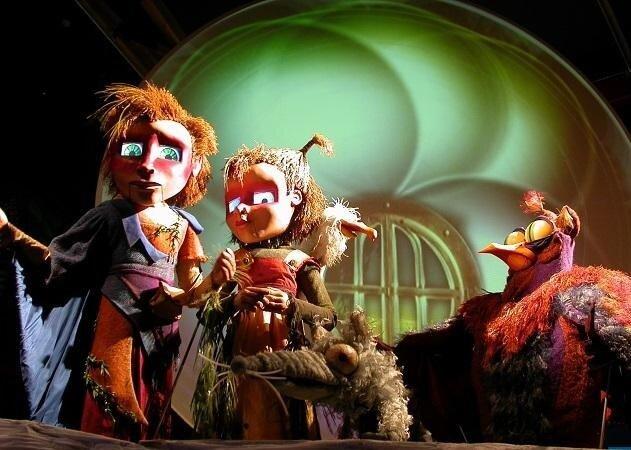 عروسکهای مکاترونیک وارد نمایشنامهها میشوند