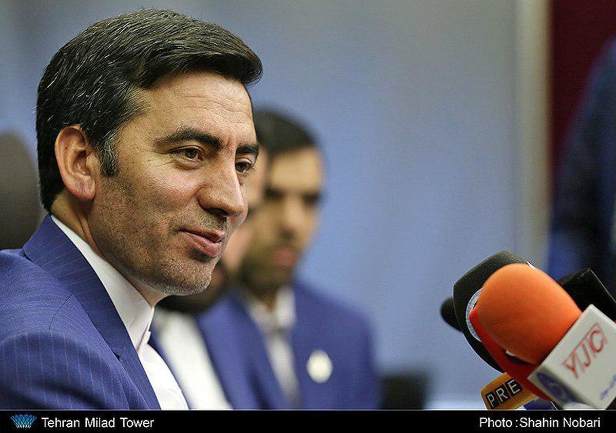 علی درویشپور مدیرعامل سازمان منطقه آزاد قشم شد