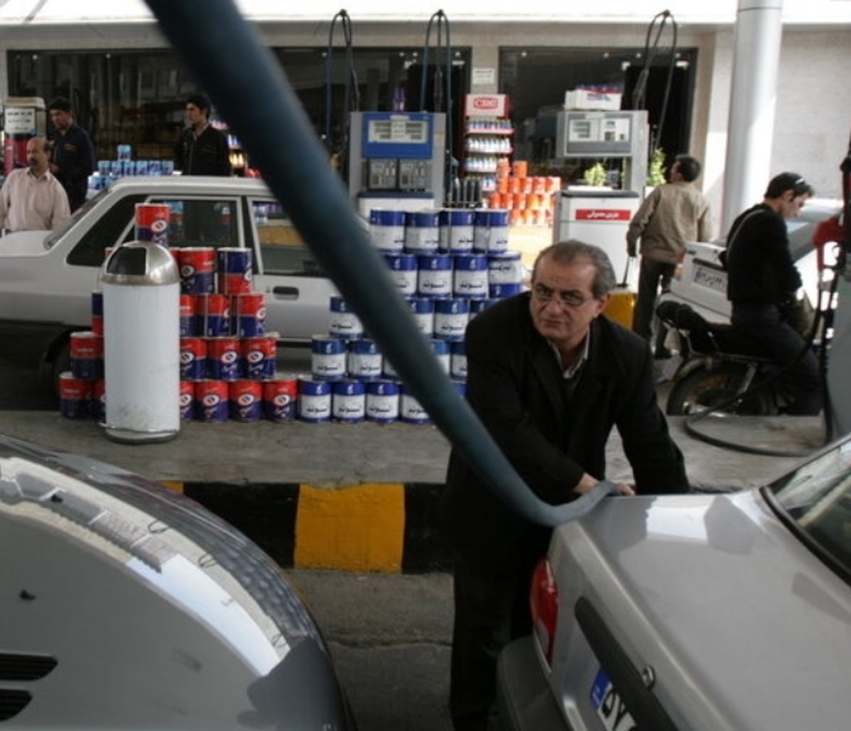 استاندار تهران: ذخیره سهمیه سوخت آبان خودروها تا ۶ماه قابل استفاده است